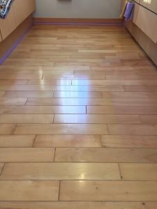 【ガラス】東京都三鷹市 築10年 天然木フローリング 施工前